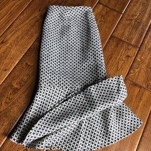 WHBM twill fishtail skirt. NWT. Sz.2